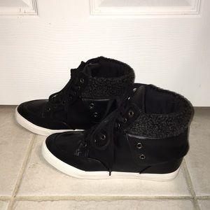 """Darian""  hybrid sneakers by Shoe Dazzle."